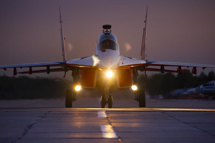Тренировочные полеты ночью к Армии 2019